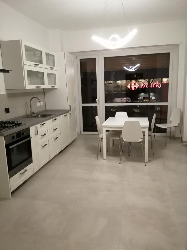 Il centro immobiliare torino appartamenti vendita e for Affitto bilocale arredato torino crocetta